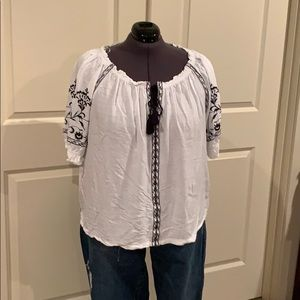 Lucky Brand White Embroidered Top 2X